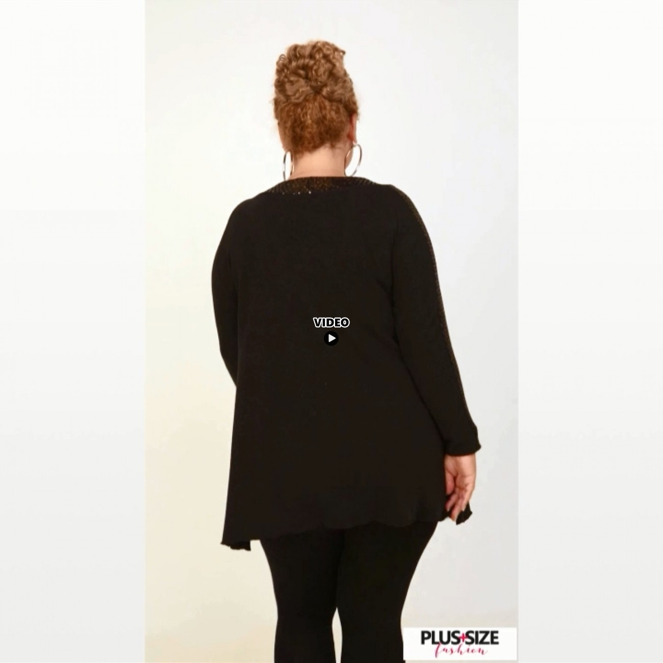 B20-2449 Knitted two-color blouse in alpha line