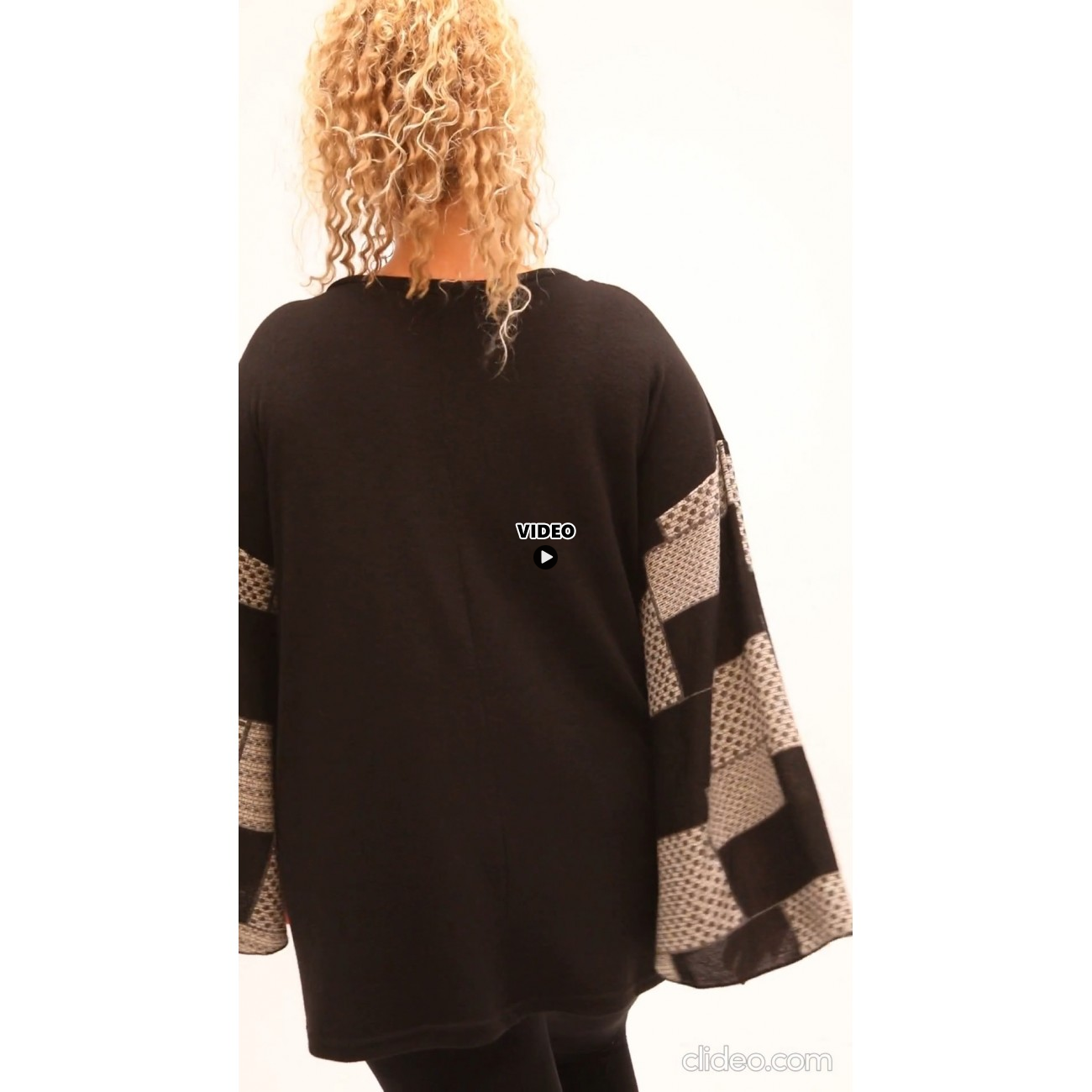 B21-5888 Knitted evaze blouse