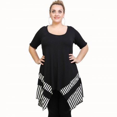 A21-517 Blouse with pattern - Black