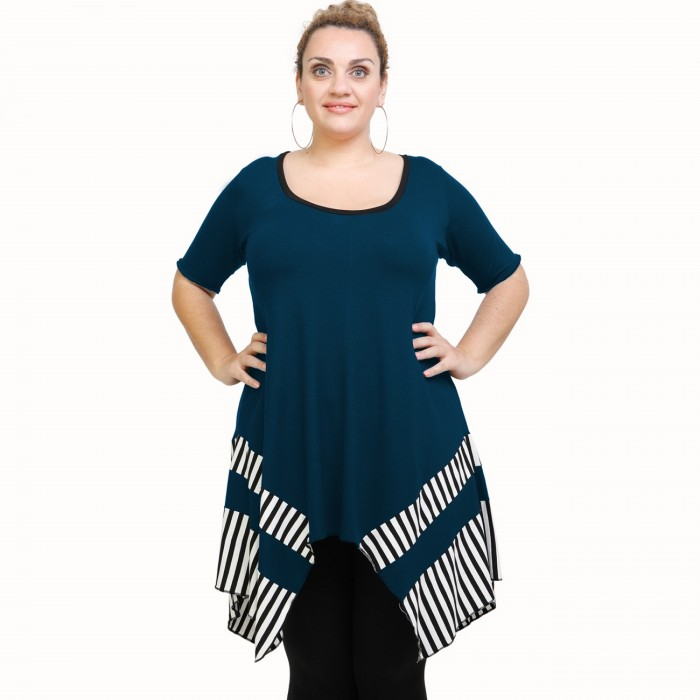 A21-517 Blouse with pattern - Petrol