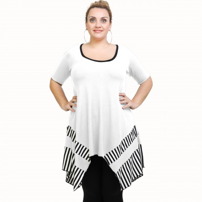 A21-517 Blouse with pattern - White