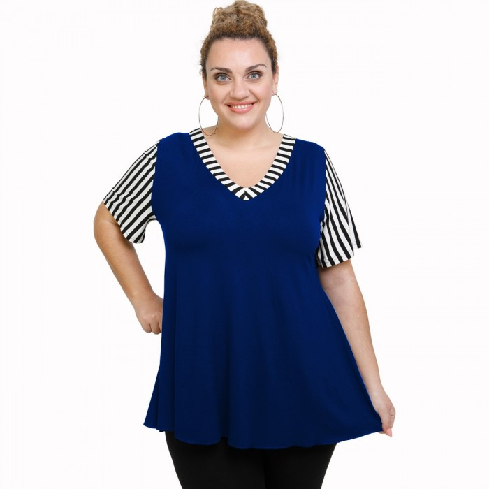 A21-589 Blouse with pattern - Royal Blue