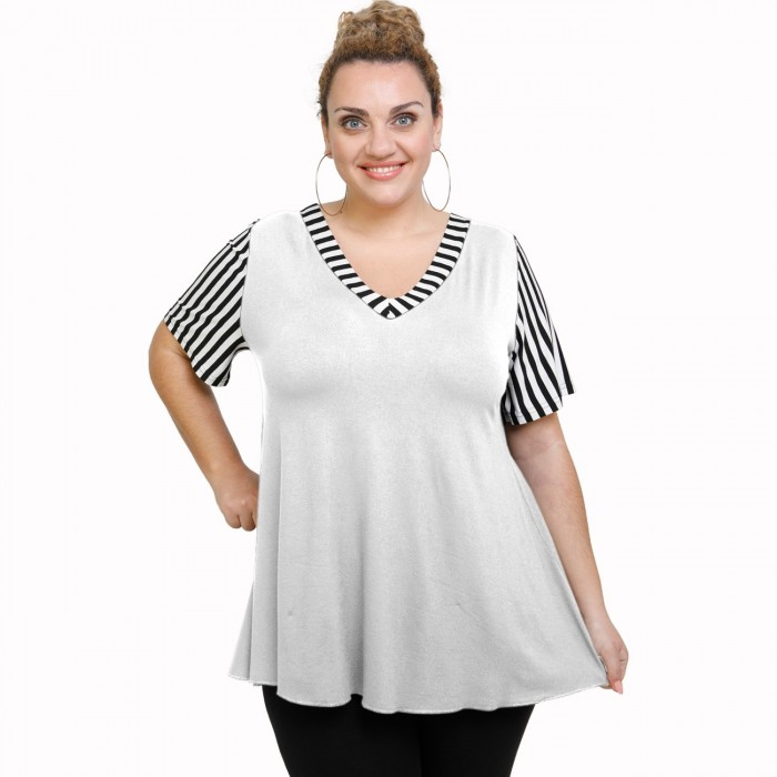 A21-589 Blouse with pattern - White